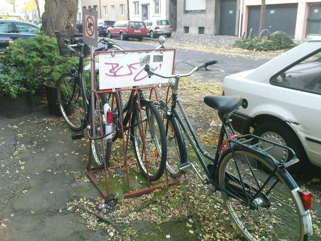 maryland d sseldorf fahrrad streetart d sseldorf. Black Bedroom Furniture Sets. Home Design Ideas